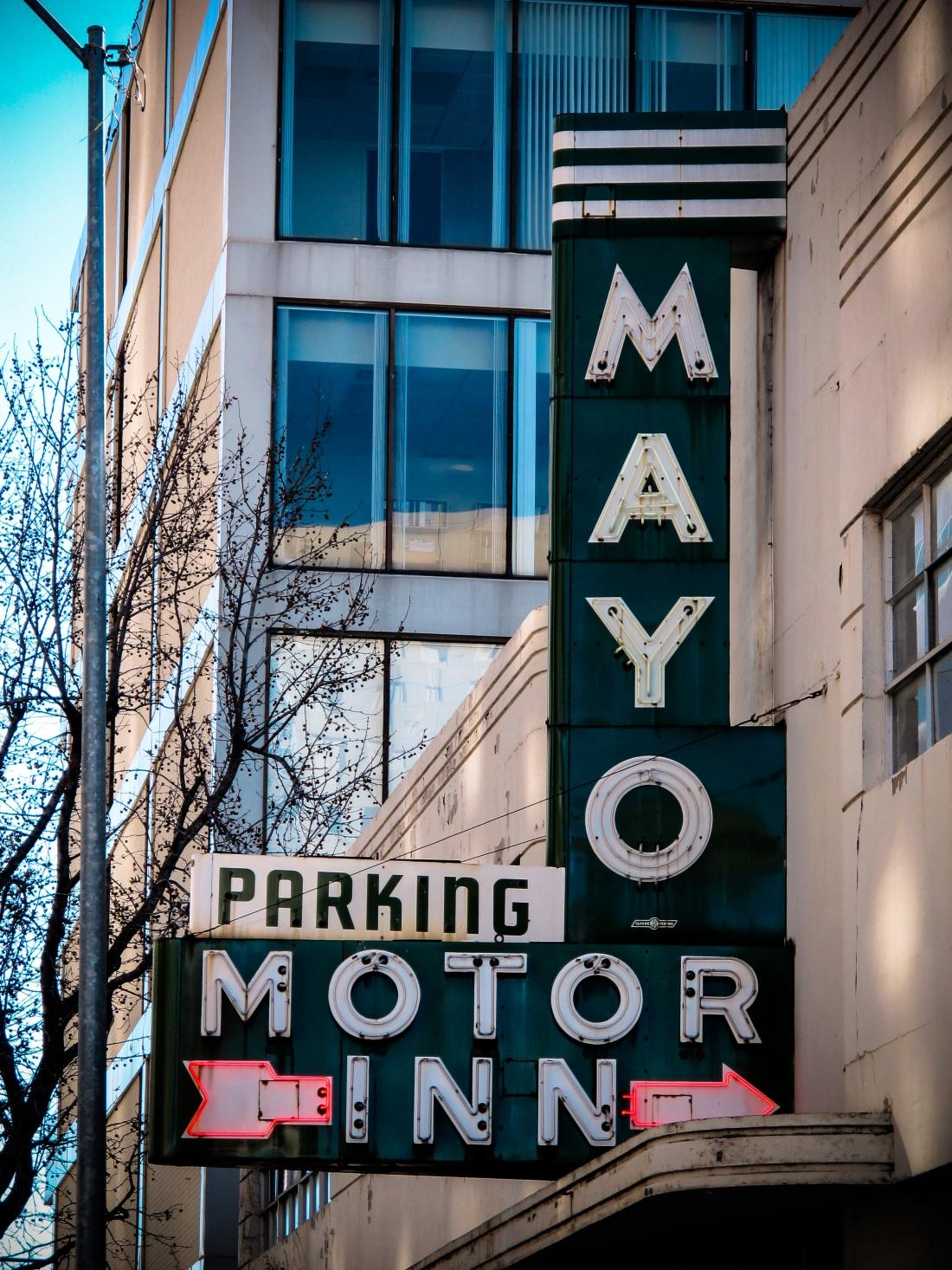 Mayo Motor Inn